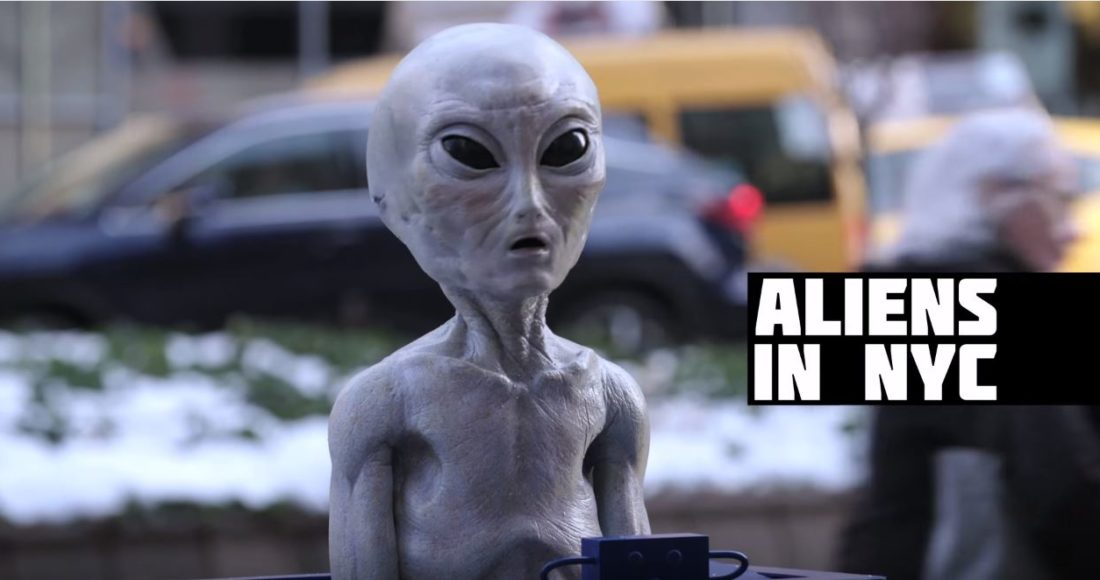 Aliens unter uns? Screenshot: youtube.com/FoxBroadcasting