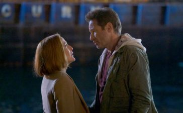 Machen sich auf die Suche nach ihrem, sich auf der Flucht befindenden, Sohn: Scully (Gillian Anderson, l.) und Mulder (David Duchovny, r.) ... © 2018 Fox and its related entities. All rights reserved. / Shane Harvey