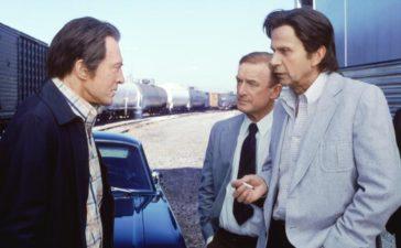 (v.l.n.r.) William Mulder (Peter Donat); Dr. Openshaw (Nick Tate); Der Krebskandidat (William B. Davis) © 1998-1999 Twentieth Century Fox Film Corporation. All rights reserved.